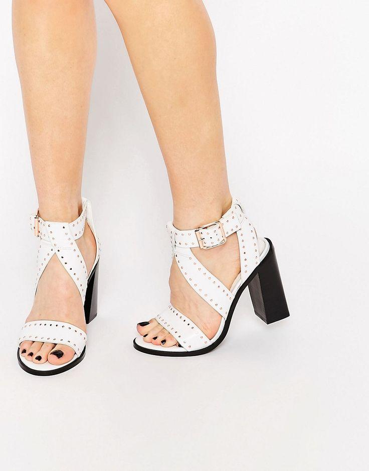 Immagine 1 di Senso - Una - Sandali borchiati bianchi in pelle con tacco