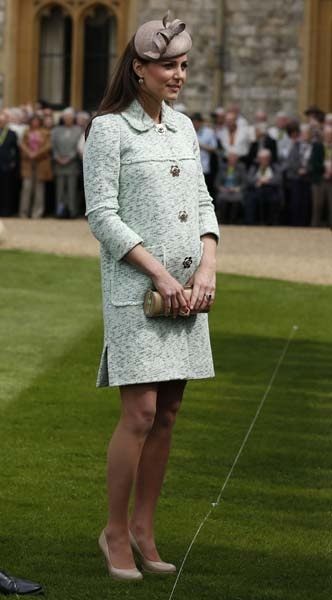 kate middleton and her baby bump