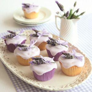 Charming Country Wedding Cupcakes
