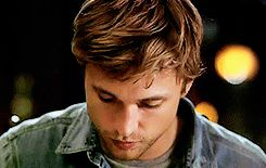 I like a lot of stuff. Random stuff. And William Moseley.