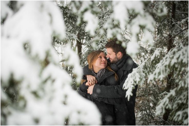 Winter Engagement Photo Ideas by Menning Photographic – Winter engagement