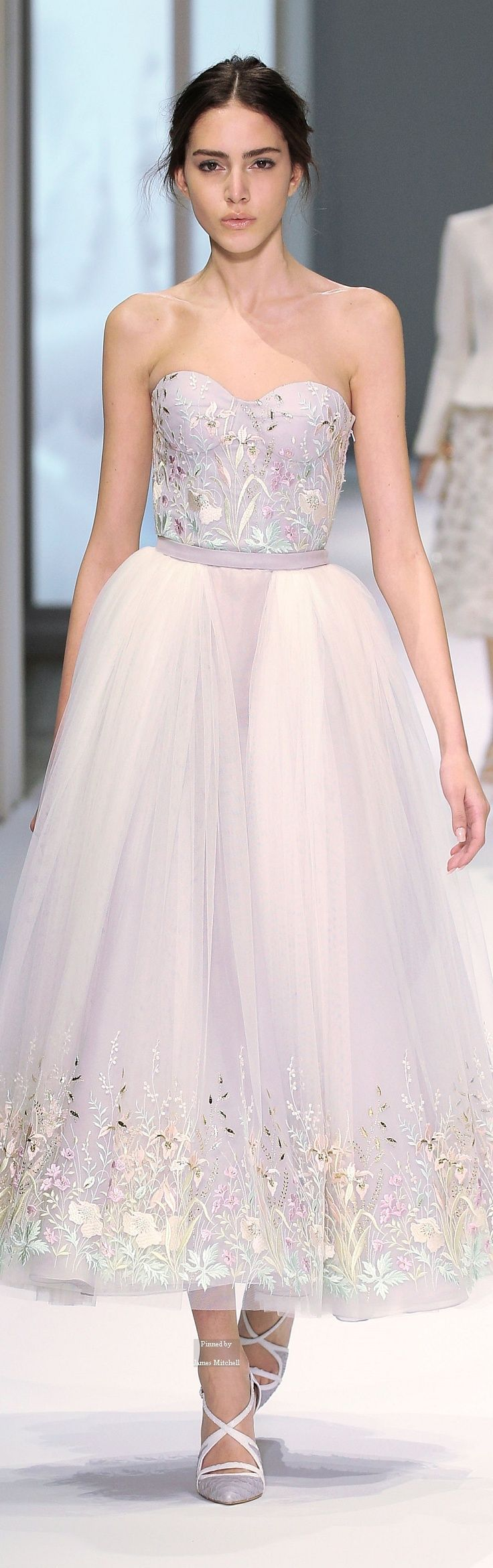 Ralph & Russo Haute Couture Spring Summer 2015 collection color and aplique
