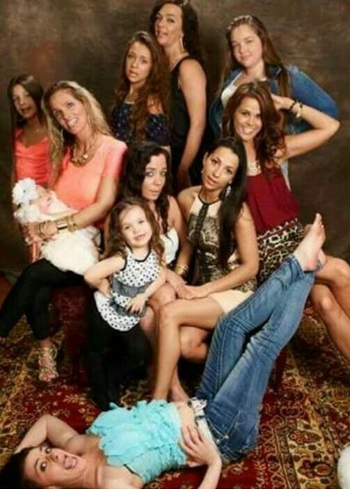 Gypsy Sisters family photo TLC | Gypsy | Pinterest