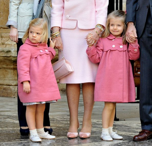 Spanish Royals: Infanta Sofía (L, the  daughter of a Spanish King that is not a Crown Princess, [heir to the throne] is an Infanta, not a Princess!) & Crown Princess Leonor (R)