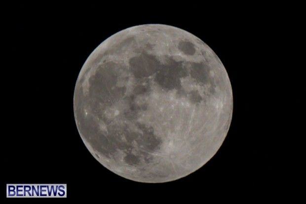 Full Hunters Moon on October 18, 2013 in Bermuda. http://bernews.com/6iph