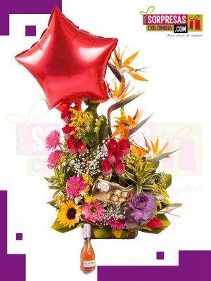 CLÁSICO Y DELICIOSO A LA VEZ Sorprende con estas hermosas y especiales FLORES que enamorara una vez mas a esa persona especial. Visita nuestra tienda online www.sorpresascolombia,com o comunicate con nosotros 3003204727 - 3004198