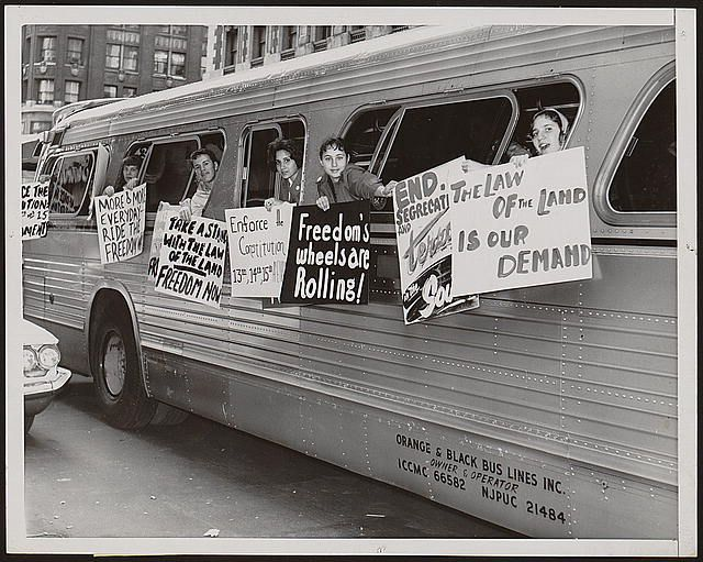 """Members of the """"Washington Freedom Riders Committee,"""" en ..."""