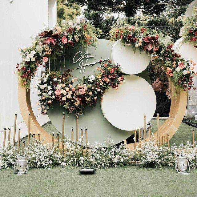 Pin On Dekorasi Pernikahan Wedding Vendor Wedding Planner