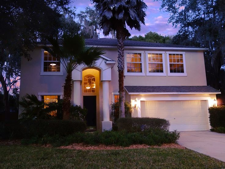 Twilight photography example ... Tampa homes for sale ... Lake community ... 604 Apache Ln, Seffner, FL 33584   MLS #T2798339   Zillow