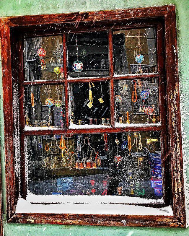 #window #xanthi #oldtown #antiques #amazing