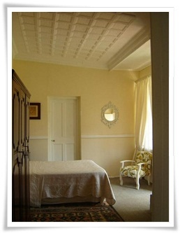 Guest Bedroom En-Suite - Accommodation - The Green Door Guest Cottages - Parys, Free State, South Africa