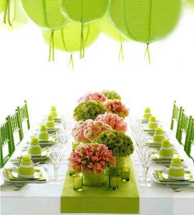 Put green into your wedding color scheme! COLOR! COLOR! COLOR!