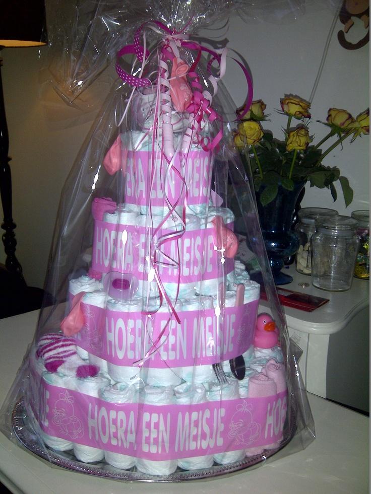 Diapercake for girl