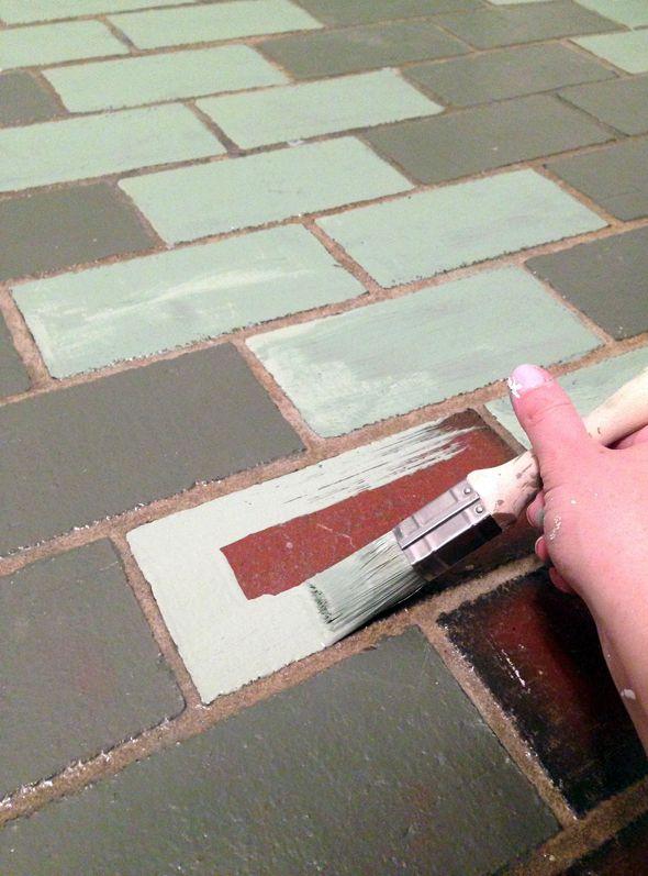How to paint over tiled floors | @Jenny Komenda | Little Green Notebook