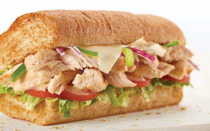 Pin for Later: 25 Drive-Through Hacks For Healthy Ordering on the Go Subway: Rotisserie-Style Chicken Sandwich