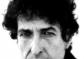 26-Mar-2014 10:50 - ONBEKENDE TEKSTEN VAN DYLAN OP MUZIEK GEZET. Elvis Costello, Marcus Mumford, My Morning Jacket-frontman Jim James en een aantal andere muzikanten hebben onder begeleiding van producer T Bone Burnett een aantal nooit afgemaakte of opgenomen songteksten van de Amerikaanse muzikant Bob Dylan afgemaakt, zo meldt The Los Angeles Times dinsdag 25 maart. Het project gaat Lost On the River: The New Basement Tapes heten. Met talloze teksten die Dylan tijdens zijn loopbaan...