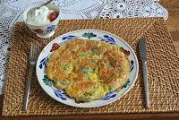 M i j m e r i n g e n . . .: Mijmering 70 Bladgroente omelet, bladsnoei van tomatenplanten en groenteboeketjes in een vaas.