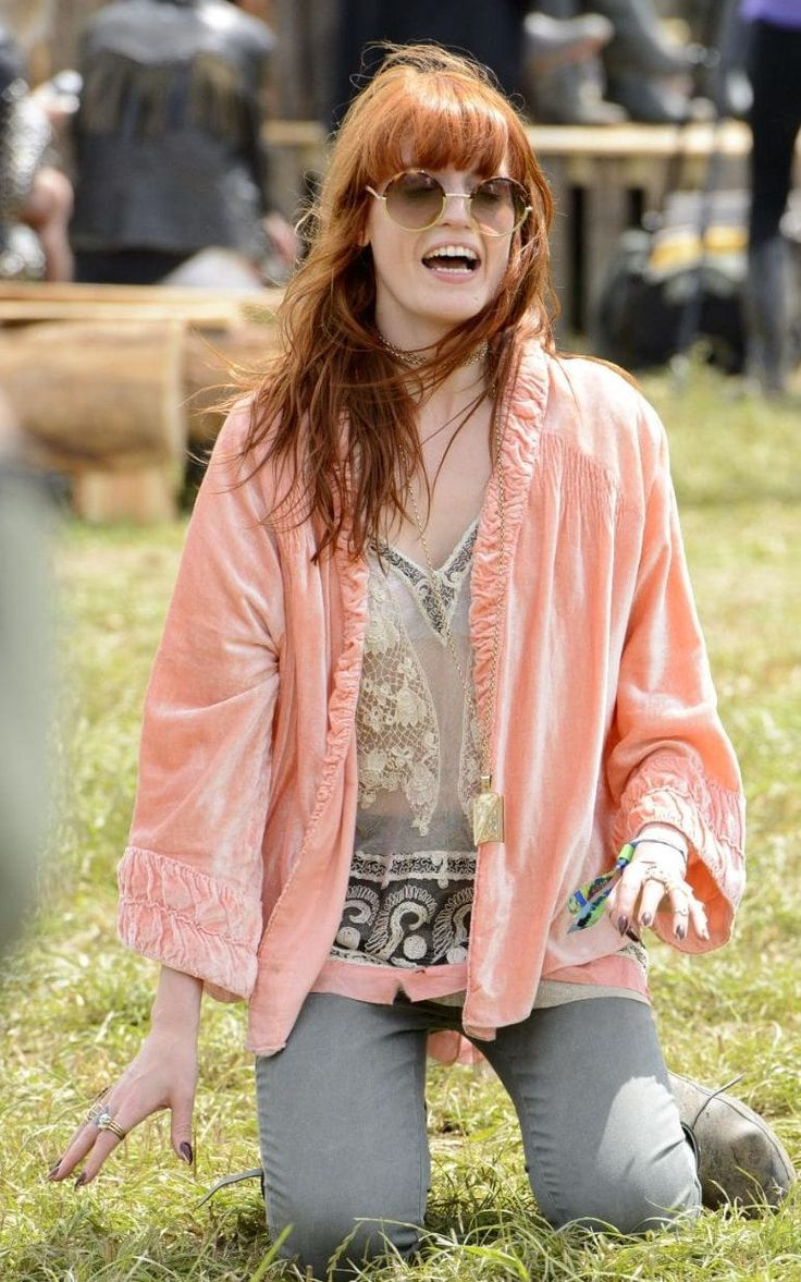Velvet, lace and eclectic jewellery found their way onto Florence Welch's Glasto 2013 look