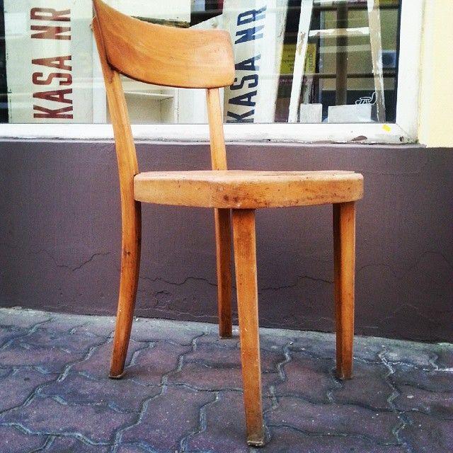 Chair 50s/60s #vintage #interiors #industrial #design #loft #retro #vintageshop #sklepvintage #poznan #midcenturymodern #midcentury #vintagestyle #brutfurniture #junkstyledesign #chair #krzesło #stuhl #old #industrialdesign #wnętrza #50s #60s  #50er #lata50te #lata60te #60er