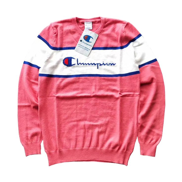 Don't you just have the heart for pinks? Champion has got us covered with its white stripe pink sweater! #champion4women #champion #pink #fashion #style #streetwear #streetstyle