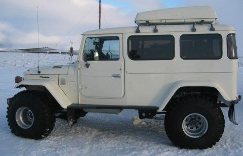 LandCruiser 40, stretched and restored