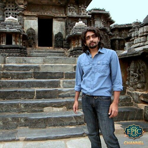 Akul Tripathi investigates the downfall of the prosperous Hoysala kingdom in Halebidu, Karnataka. Embark on this journey with him, tonight at 10:30 PM only on Ekaant. https://www.youtube.com/watch?v=hQmTRqSv3I4 #Travel #Architecture #History