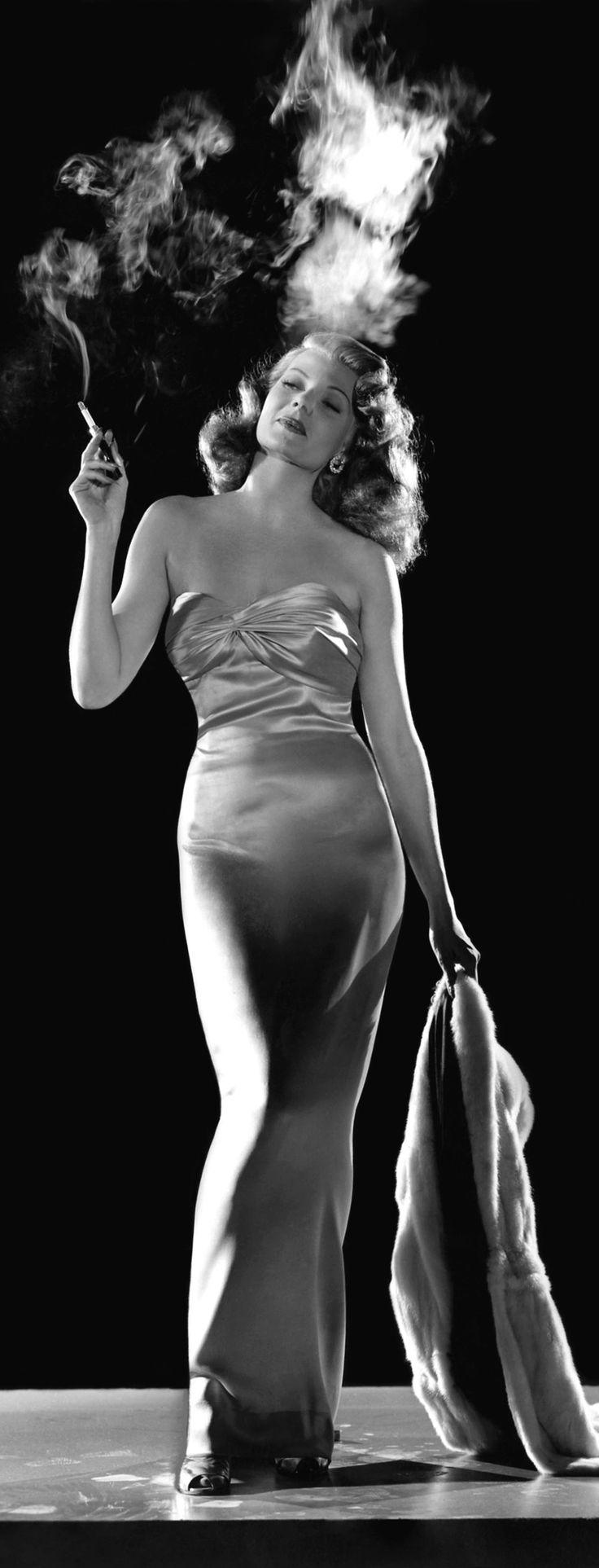 Rita Hayworth - Gilda (Charles Vidor, 1946)... *Ah... nunca houve uma mulher como Gilda*