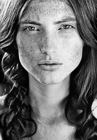 freckles - http://freckled.tumblr.com/post/1390325100/absimilard-superb-portrait-of-a-young-woman
