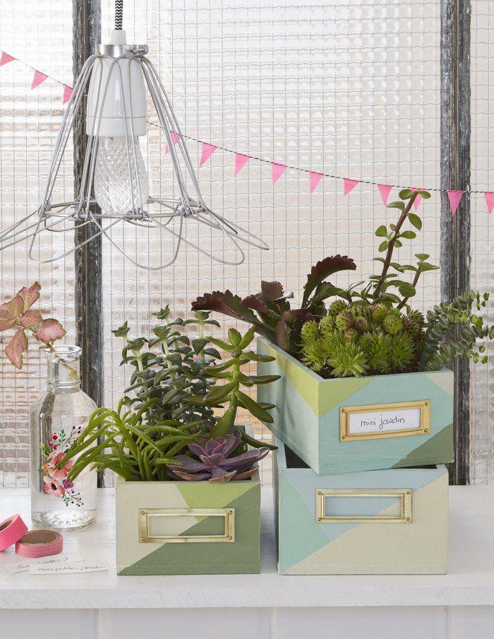 DIY récup : fabriquer des boîtes pour créer des jardinières homemade ! Recyclage et upcycling sur Marie Claire Idées !