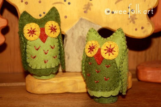 Peg Owl Tutorial | Wee Folk Art. As always, Wee Folk Art has the best tutorials. This is for an owl doll using a peg doll base.