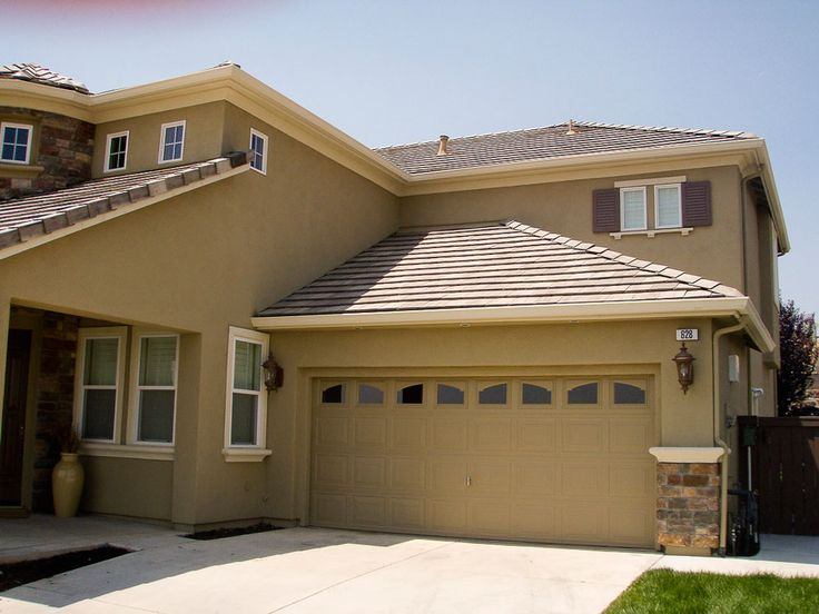 Best 25 stucco houses ideas on pinterest for Stucco home exterior designs