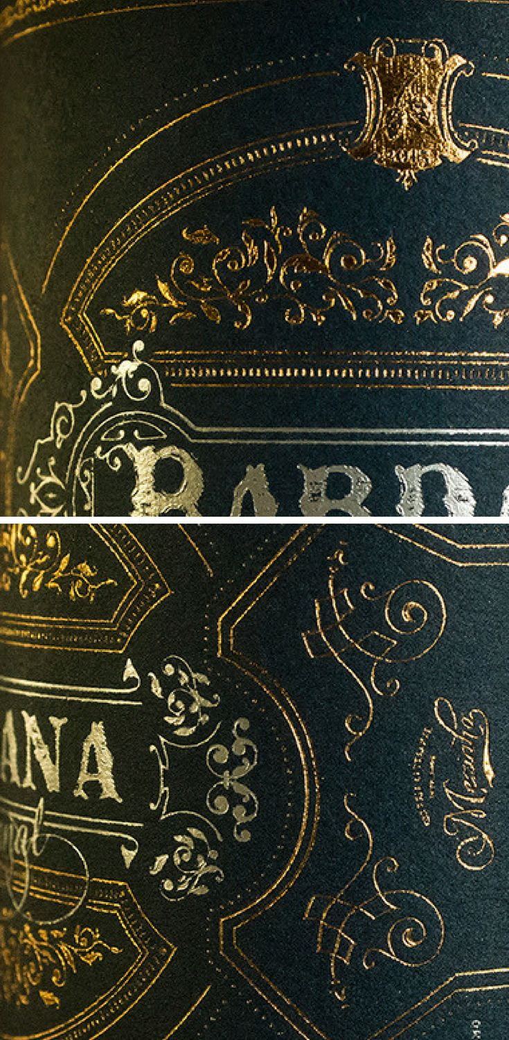 'Bardana' is the name of a medicinal plant found in the south of Portugal. Inspired by the natural ingredients of the craft beer and the artisan process of making it, the bottle label design reflects the rich flavour and the flora of the region. Gold details and design ornaments puts emphases on the premium look.