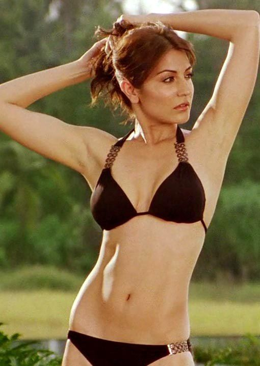 filmygyan team brings the Hottest Bikini babe collection of Bollywood's hottest girls. From the top most B-town actresses to the new comer almost everyone has shown their interest for bikini eithe...