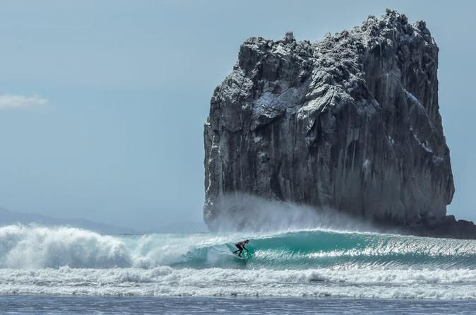 Witch's Rock and Ollie's Point Surf Boat Trip Costa Rica is home to the famed Witch's Rock and Ollie's Point, both world class breaks that are every surfer's dream. Their awesome waves and their inaccessibility make them both favorite destinations for surfers.Located in Santa Rosa National Park, the easiest and quickest way to these waves is an hour-long boat ride across the Gulf of Papagayo. This practically guarantees a non-crowded beach and an unbelievable experience.Playa ...