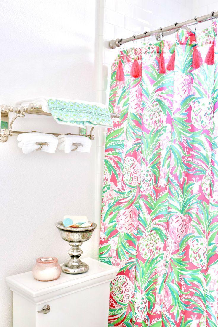 Palm Beach Inspired Guest Bath In 2020 Beach Shower Curtains