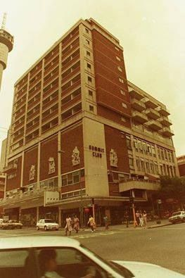 Summit Club, Hillbrow