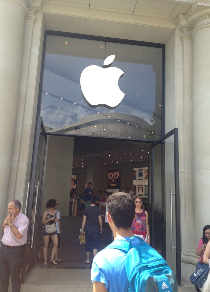 #Apple #store #Barcelona #Spain