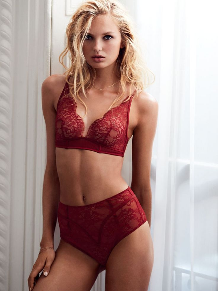 Romee Strijd || Victoria's Secret Lingerie