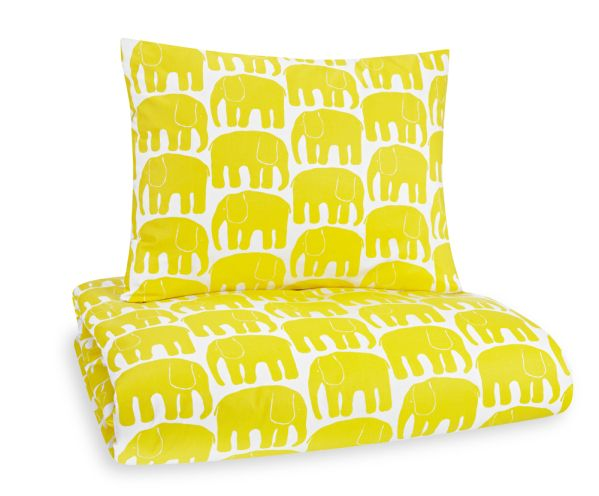 Children's retro bedding - Yellow Elefantti (Elephant) - Designed by Laina Koskela for Finlayson in 1969 - Via Scandinavian Deko
