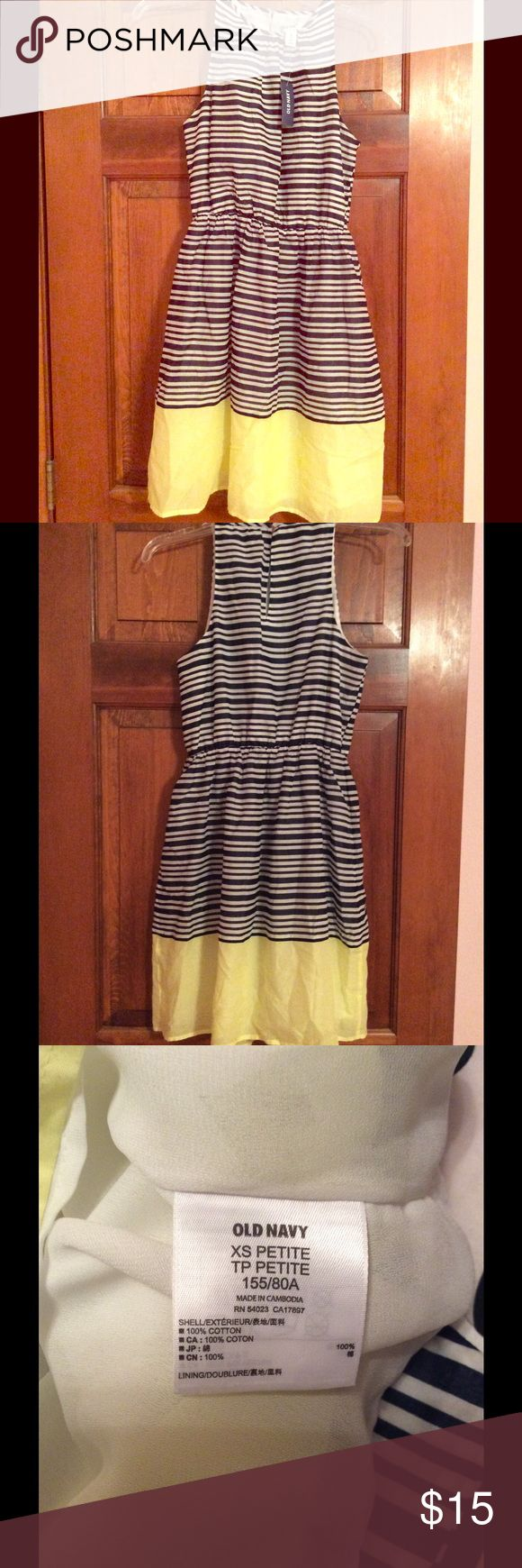 """NWT Old Navy Dress New Old Navy dress. It's an extra small petite which according to the old navy means it is for women 5'4"""" and under. Old Navy Dresses Midi"""