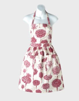I'm in love with this pinny!