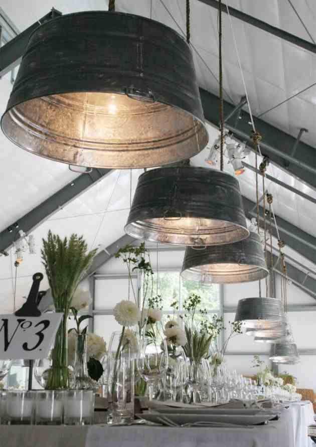 lamp van een emmer