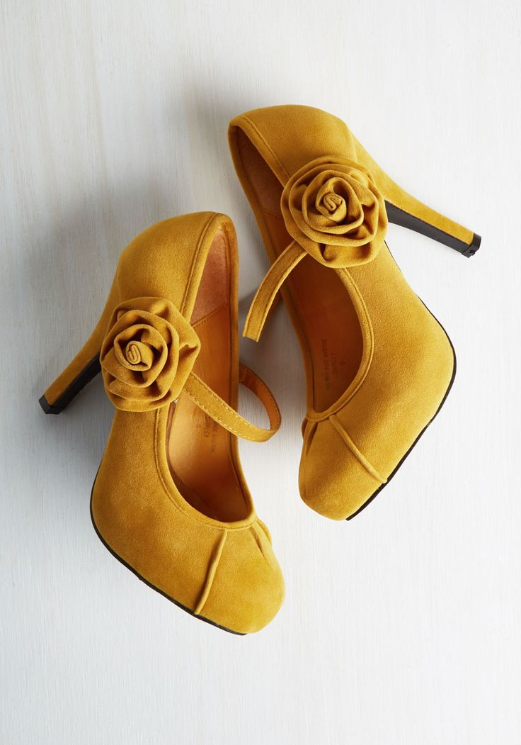 Rosette Your Mind At Ease Heel. Have no fear, these mustard yellow heels are here to bring you cheer! #yellow #wedding #modcloth