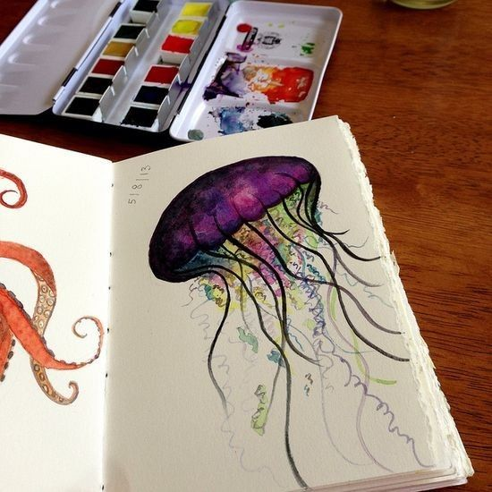 This is beautifuI and hope to use this as inspiration for 5th grade jelly fish art project.  .