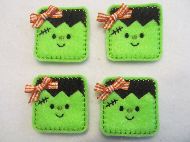 How cute are these? Could make them as mini pouches (leave the top unsewn and don't stuff) with a treat inside.