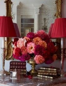 Carolyne Roehm: Vignettes, Colors Combos, Lampshades, Shades Of Red, Flowers Arrangements, Book, Carolyn Roehm, Red Rose, Fresh Flowers