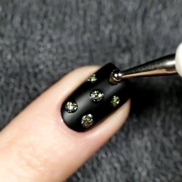 ⠀ Nails by @u_nona Tag a friend 👇also ⠀ Follow👉 @nails.artistry Follow👉 @nails.artistry Follow👉 @nails.artistry Follow👉 @nails.artistry ⠀ #nail #nails #tutorial #diyvideos #fashion #customization #love #makeup #unha #creative #video #colorful #inspiration #perfect #diy #decor #nails #maquiagem #videos #dica #customizacao #fashion #instafashion #style