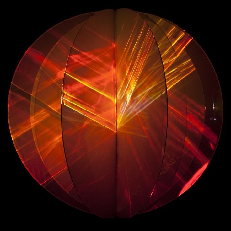 """Promoción del Arte:  Nueva imagen de """"Universo"""", de Eugènia Balcells. En la exposición #añosluz - Tabacalera"""