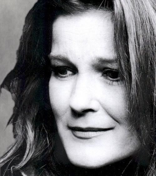 Kate Mulgrew. My idea of an attractive woman and strong captain.