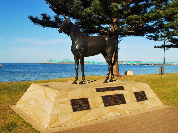 Makybe Diva – Visit The Statue of this Fairytale Racehorse!
